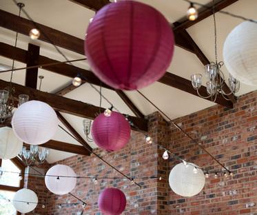 16 Inch Even Ribbing Burgundy Paper Lanterns