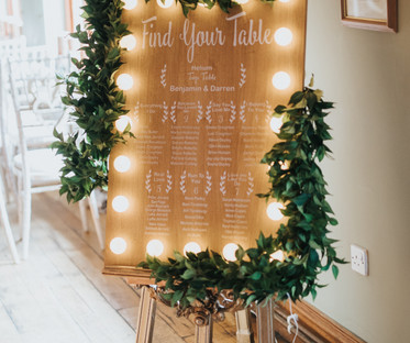 Light Up Wooden Seating Chart