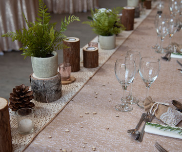 Hessian & Ivory Lace Top Table Runner