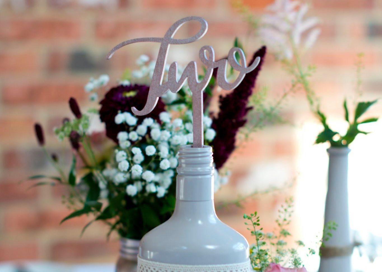 Bottle & Jar, Log Slice Centrepiece