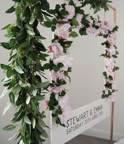 Floral Polaroid Photo Booth Selfie Stati