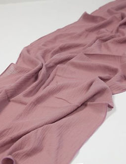 mauve-cheesecloth-table-runner.jpg