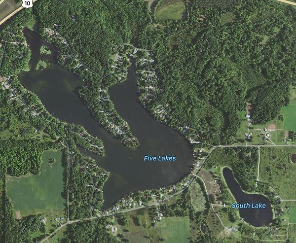 Five_Lakes_and_South_Lake.JPG