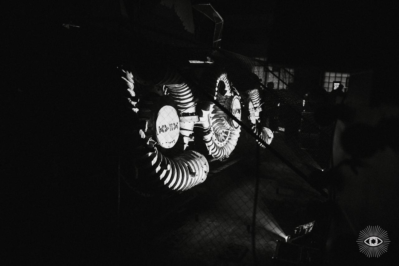 Турбины. Элементы декора сцены