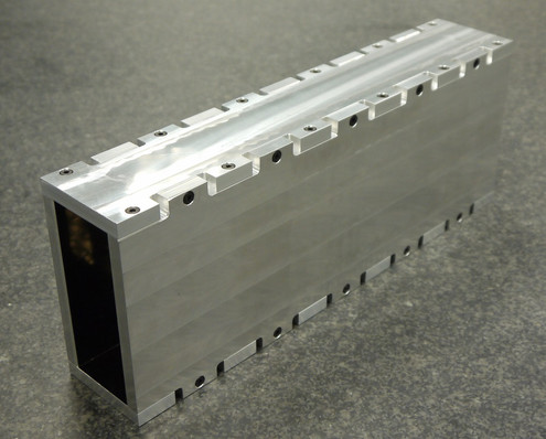 Metallic Neutron Guide Aluminium