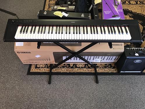 Yamaha Piaggero NP-32B Digital Keyboard