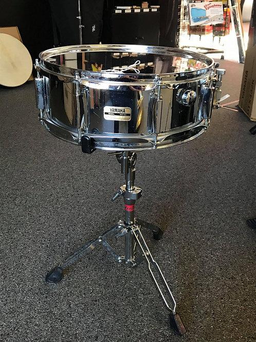 Yamaha SD-223 Snare Drum