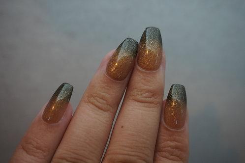Linear Glitter Dark Green to Light Gold