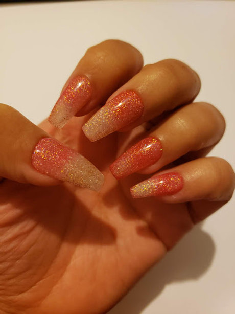 Red to White w/ Gold Glitter