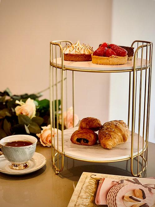 The Elegant Cake Stand