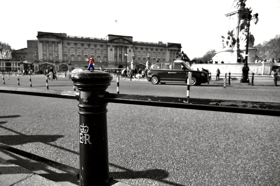 Mario visit Buckingham