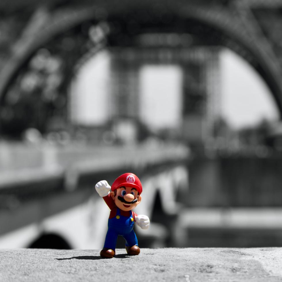Mario want to climb the Eiffel Tower