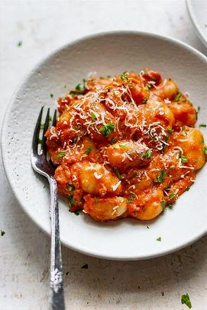 tomato-gnocchi-recipe-1-720x1080_edited.