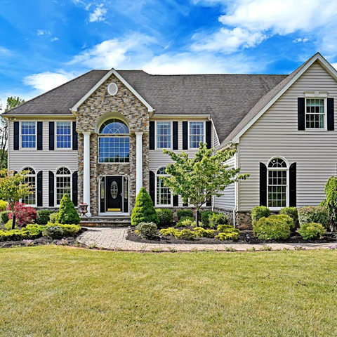 16 Dorset Lane, Readington NJ