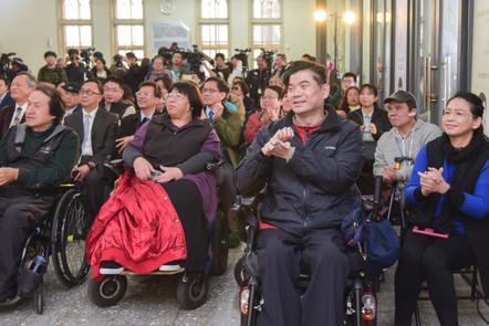 記者會活動現場人群