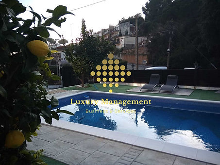 1 piscina 2 - marca agua.jpg
