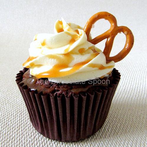 Sea-Salted Caramel Pretzel Cupcake