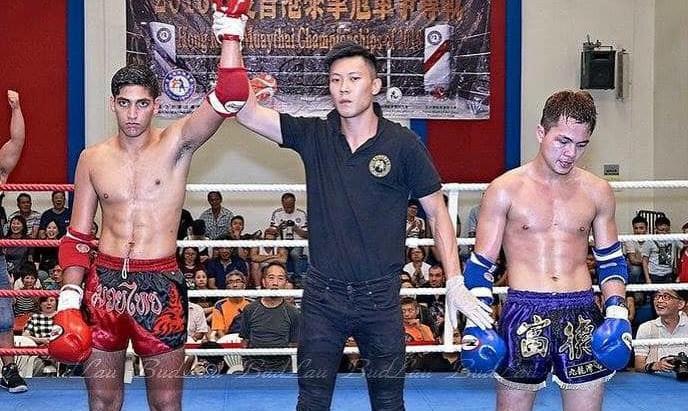 今天是一年一度泰拳盛事-香港冠軍冠軍爭奪戰2018  賢師父因擔任拳證及裁判不在拳館~但有教練在場課堂照常!如學員有興趣可到現場觀賽!這樣是本地金腰帶賽事!拳手需由初賽一直打進決賽才能拿下一年一度的拳