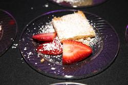 Gooey Butter Cheesecake Strawberries