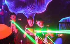 Xtreme Craze green laser tag lasers