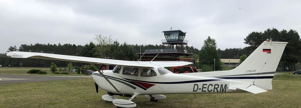Die Cessna in EDAE