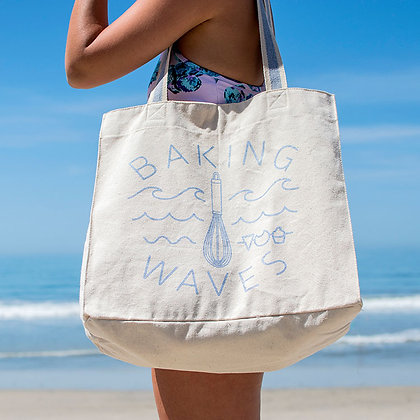 Side view of lady wearing tote bag