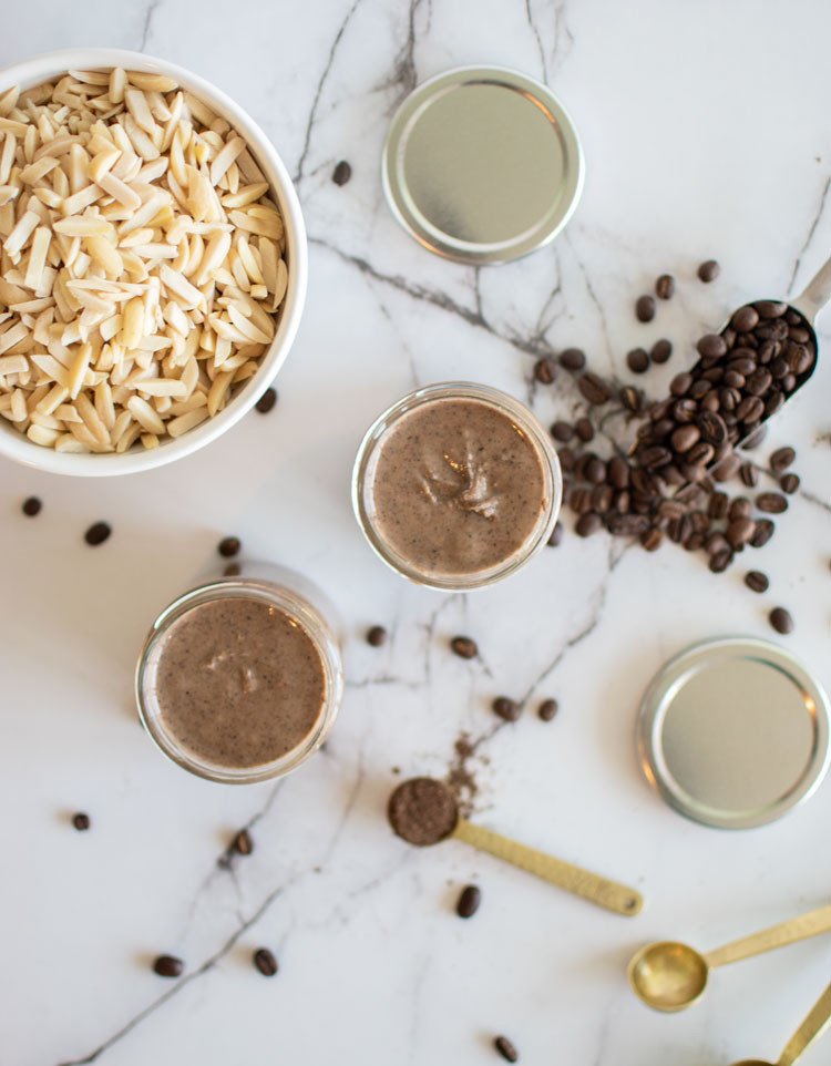 Easy homemade almond butter, espresso, vanilla bean, espresso vanilla bean almond butter, homemade nut butter, from scratch nut butter, easy nut butter, healthy nut butter, organic nut butter #nutbutter #almondbutter #espresso #vanillabean #glutenfree #vegan