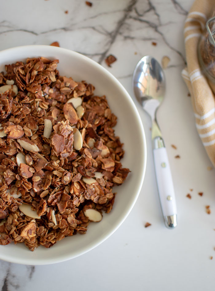 Easy recipe for homemade granola, homemade granola, easy homemade granola, maple honey nut granola, almond granola recipe, healthy granola recipe, gluten free granola recipe #maple #honeynut #granola #organic #granolarecipe #homemade #homemadegranola