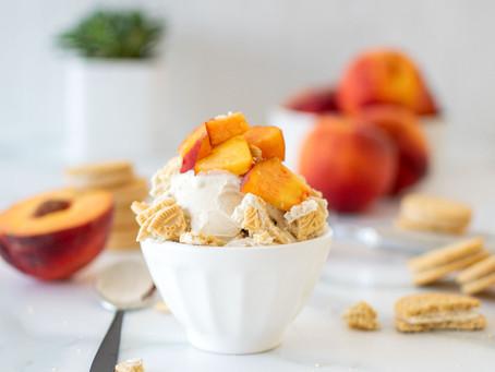 Peaches 'n Cream Ice Cream Sundaes