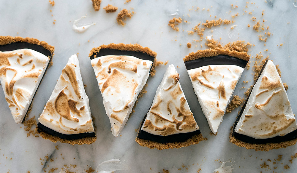 trianlge shaped pieces of S'More Tart