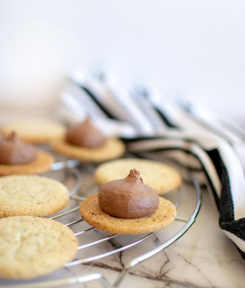 Easy, homemade, healthy, delicious earl grey sandwich cookies, earl grey cookies, earl grey shortbread cookies, gluten free sandwich cookies, organic cookies, buttery shortbread cookies, easy shortbread cookies, chocolate filled cookies #earlgrey #sandwichcookies #organic #organiccookies #highaltitudebaking #glutenfree #glutenfreecookies