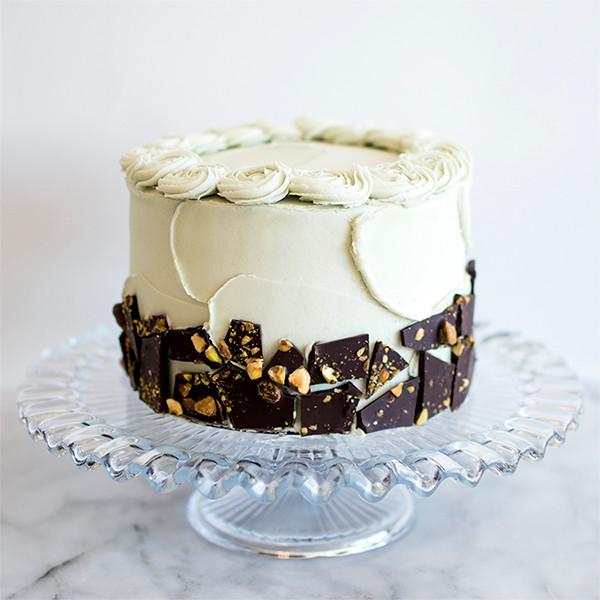 Making of Chocolate Pistachio Cake