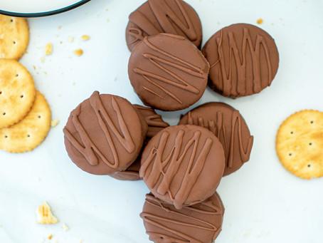 Chocolate Peanut Butter Cracker Cookies
