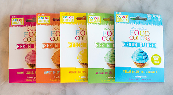 Different organic food color packets by Color kitchen