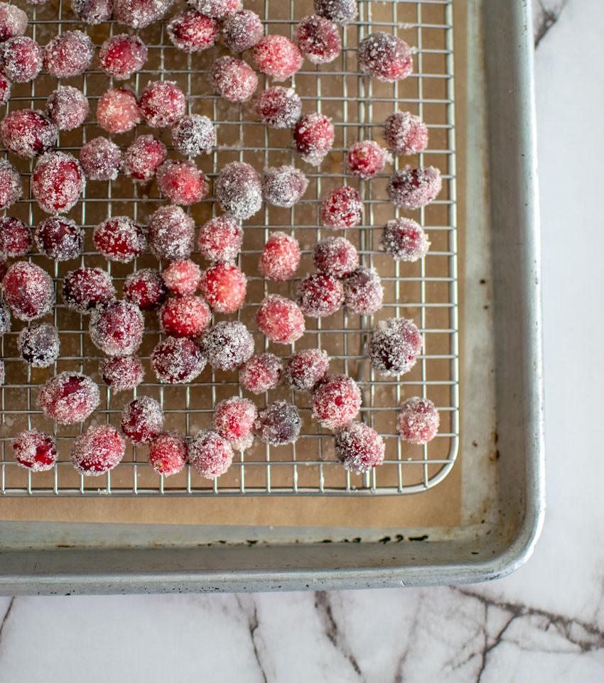 Easy Christmas cupcake recipe, cupcakes, organic, organic cupcakes, sugared cranberries, almond cupcakes, new years cupcakes, christmas cupcakes #organic #christmascupcakes #cupcakes #cupcakerecipe #cranberries