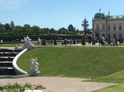 VIENNA2-090