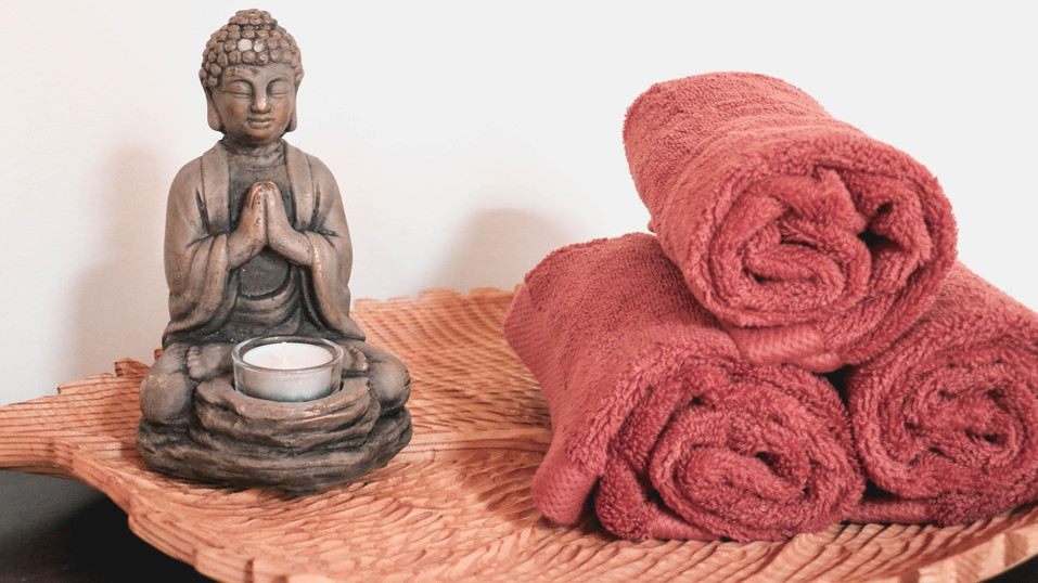 Buddha and towels 2.jpg