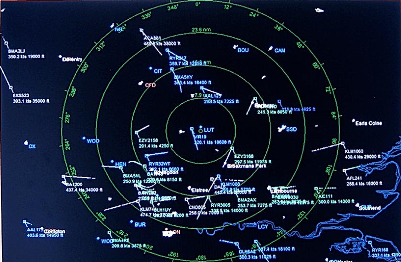 Air_Traffic_Control_Radar_Screen.png