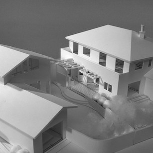 赤い暖炉の家 ホビーコート計画