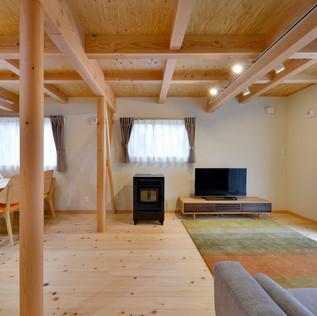 小泉山 森の家