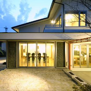 ライトコートの家