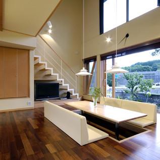 西駒を望む家