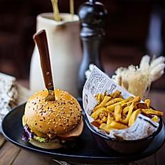 CHEESEBURGER d'AUBRAC, FRITES MAISON - Frenchy burger !