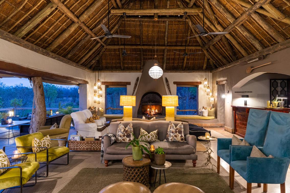Thornybush Simbambili Game Lodge