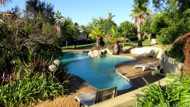 lower-pool-Caledon-Hotel.jpg