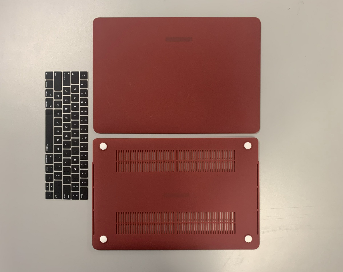 "MacBook Pro 15"" Red"