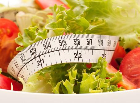 4 passos para sair da culpa e alcançar o equilíbrio alimentar.