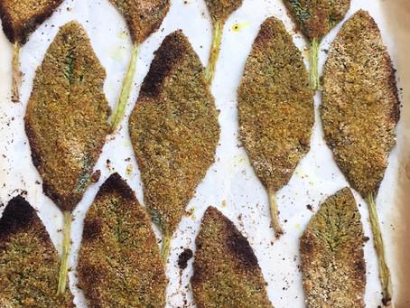 Peixinho (PANC) empanado e assado