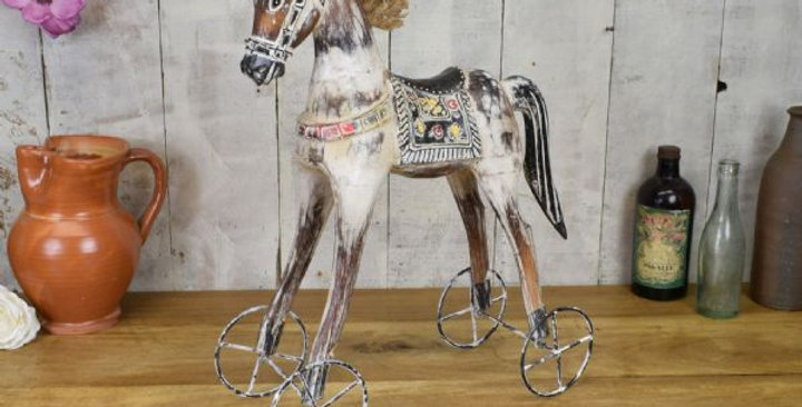 VINTAGE HORSE 50CM