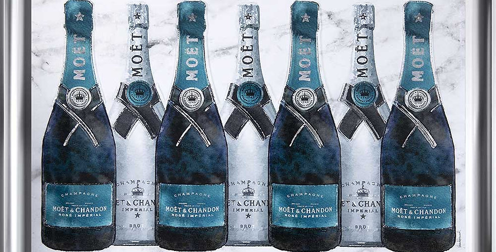 Moet & Chandon in Teal
